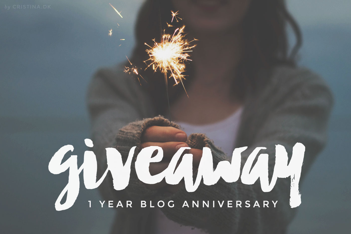 1 year blog anniversary Giveaway